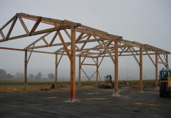 Le hangar prend forme
